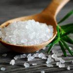 Помогает ли прогревание солью при кашле у ребенка?