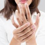 Чем лечить покалывание в кончиках пальцев?