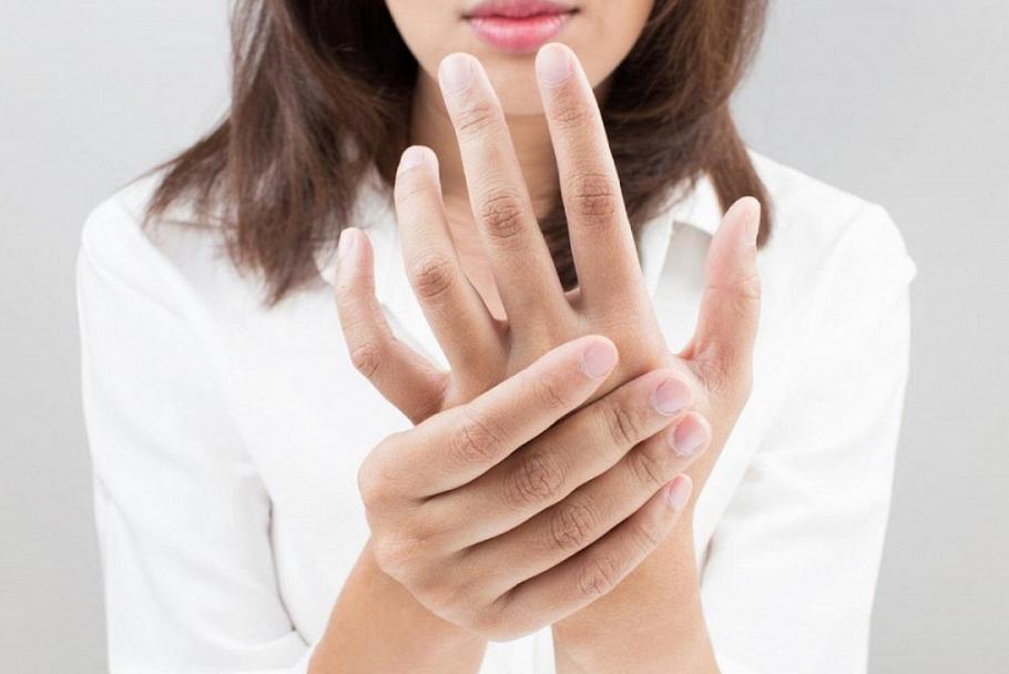 Покалывание пальцев